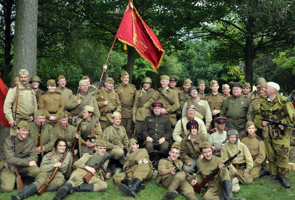 2nd Guards Rifle Division re-enactment club presentation