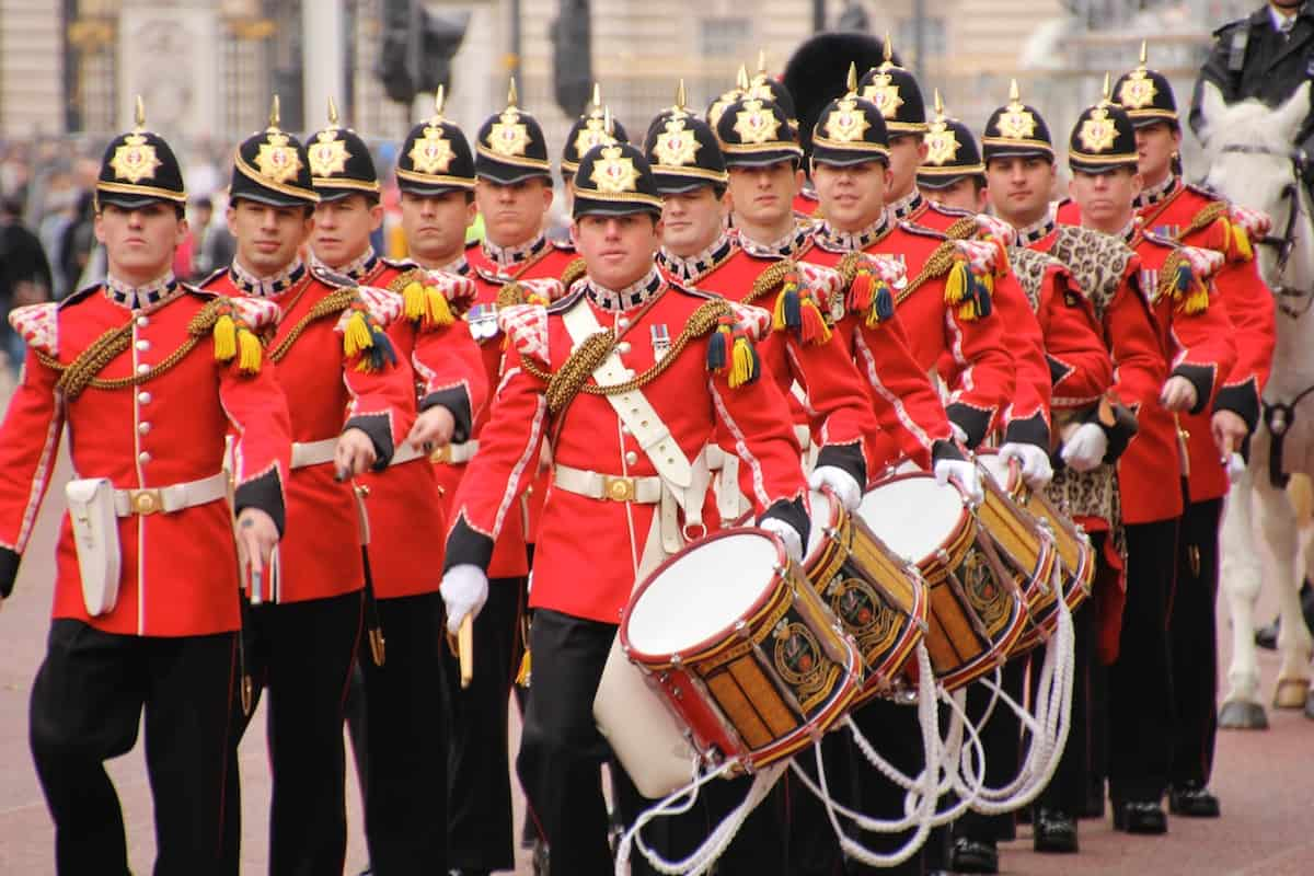 Парад у Букингемского дворца