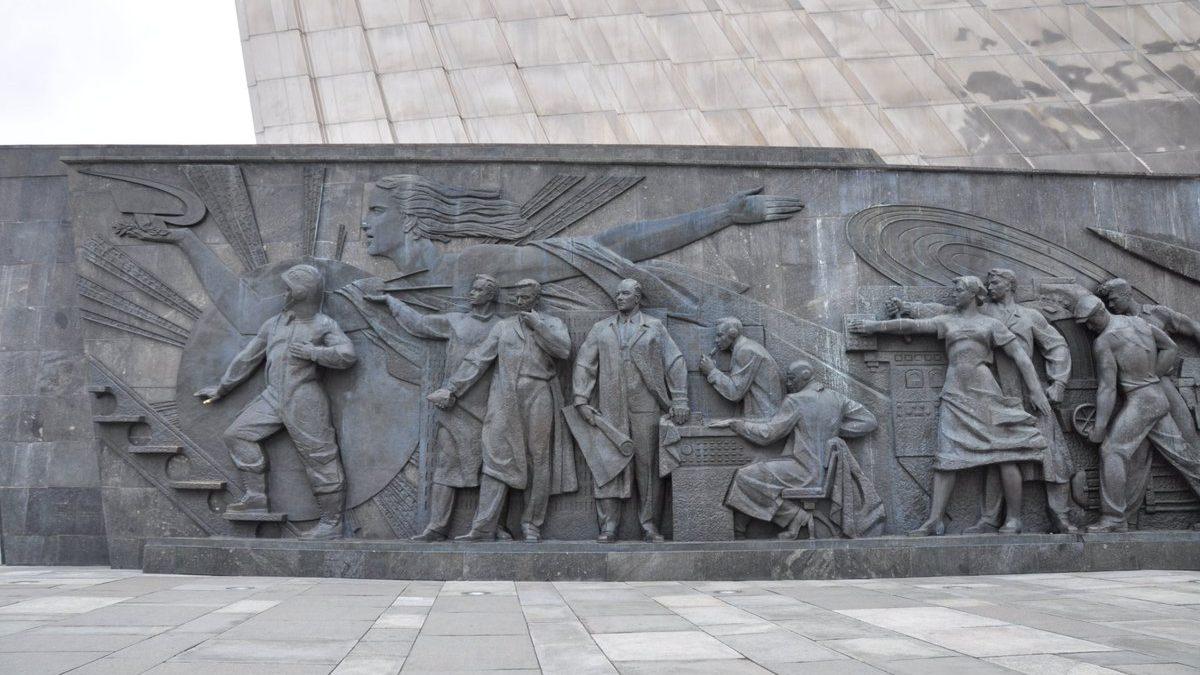 Гагарин, Звёздочка и премьер-министр Макмиллан / Gagarin, Zvyozdochka and Prime Minister Macmillan